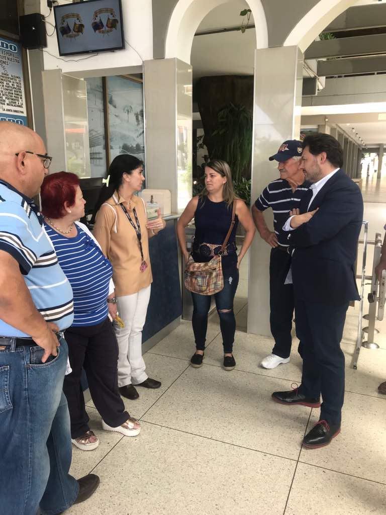 Miranda á súa chegada ao Centro Hispano Venezolano do Estado Aragua, en Maracay