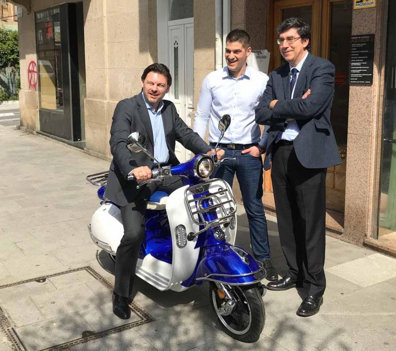 O secretario xeral da Emigración visitou en Vigo un dos proxectos postos en marcha grazas ás Axudas ao Retorno Emprendedor de Emigración