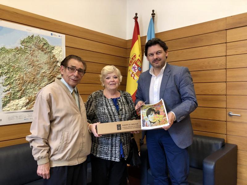 O secretario xeral da Emigración mantivo un encontro coa secretaria do Centro Galego de Tarragona