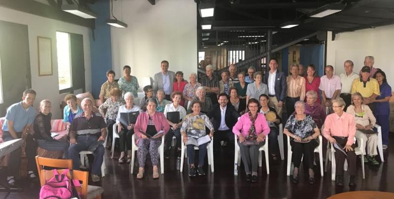 El secretario xeral da Emigración visitó el centro de día de la Hermandad Gallega de Venezuela, una entidad que aglutina 25.000 socias y socios de nuestra comunidad autónoma