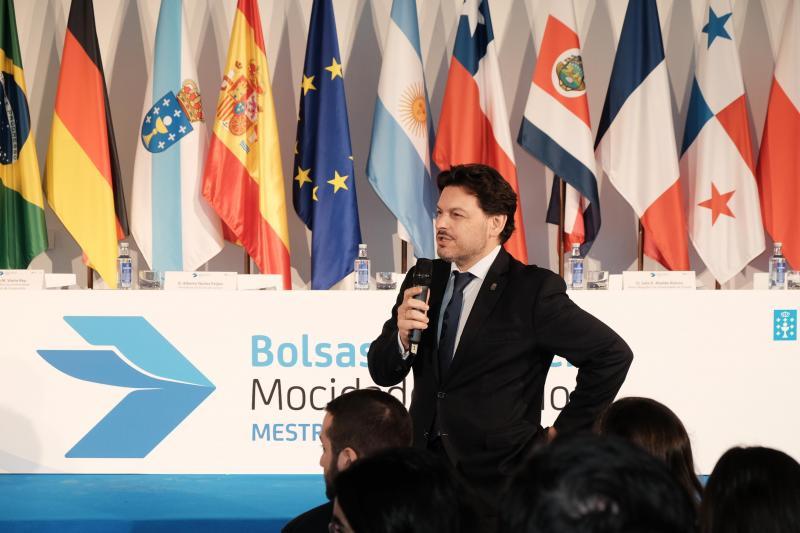 Los gallegos de Venezuela y los de la Galicia territorial residentes en el exterior aglutinan más de la mitad de los cien primeros puestos provisionales de las Becas Excelencia Juventud Exterior (BEME)