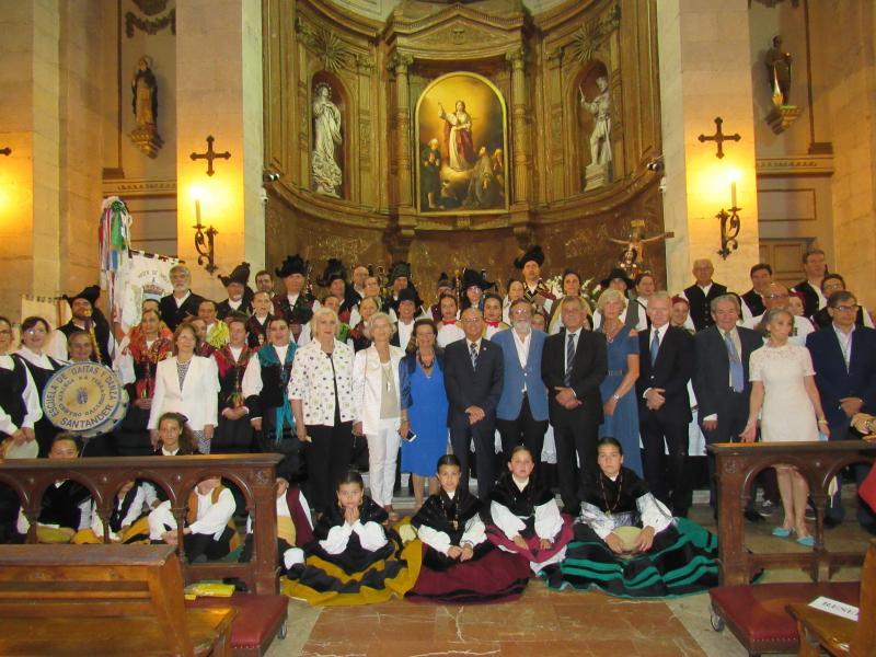 Foto 7. Foto de familia na igrexa de Santa Lucía de Santander