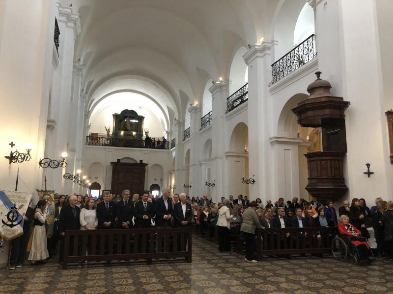 A igrexa de San Ignacio de Loyola, a escasos metros da Praza de Maio, acolle cada ano a celebración do Día de Santiago en Bos Aires