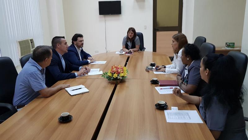 Antonio Rodríguez Miranda se reunió también con responsables del Banco Metropolitano y el Banco popular de Ahorro (BPA)