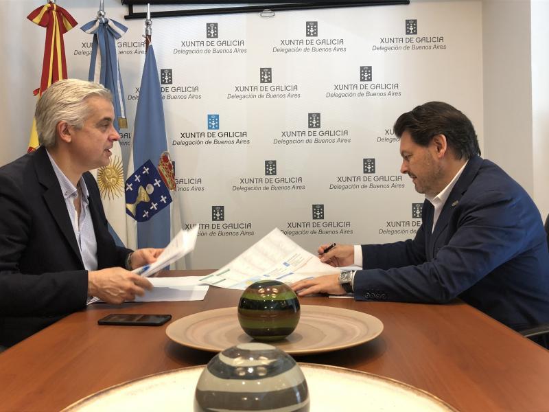 Imagen de la reunión del secretario xeral da Emigración con el delegado de la Xunta de Galicia en la Argentina y Uruguay