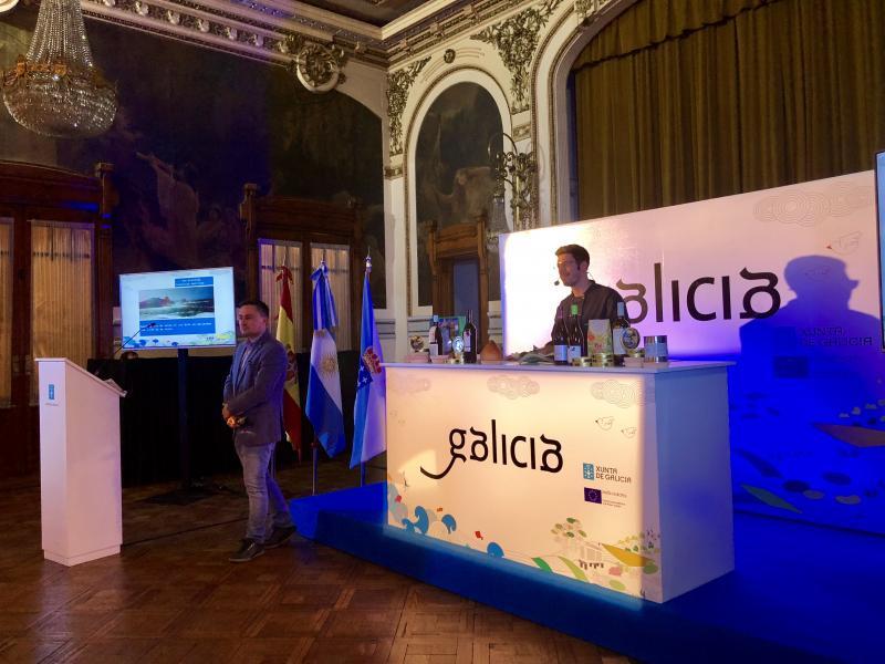 A última elaboración realizada polo chef Jorge Gago, do restaurante A Maceta de Santiago de Compostela, tivo como público a destacadas e destacados mestres e estudantes das escolas de hostalería da Arxentina
