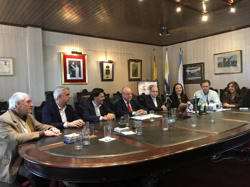 Imaxe da reunión celebrada esta mañá na Casa de Galicia de Montevideo