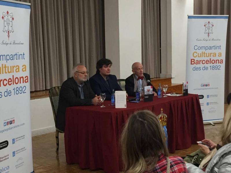 Manuel Mandianes (Os Blancos - Ourense, 1942) estudou Teoloxía e Antropoloxía en Estrasburgo e é tamén doutor en Socioloxía e científico titular do CSIC