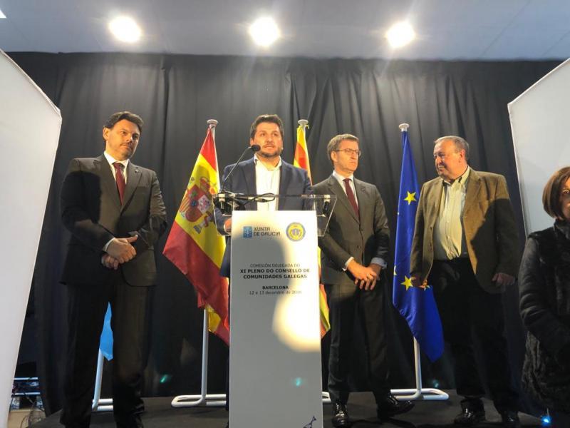 O presidente da Xunta mantivo esta tarde un encontro coa colectividade galega en Cataluña