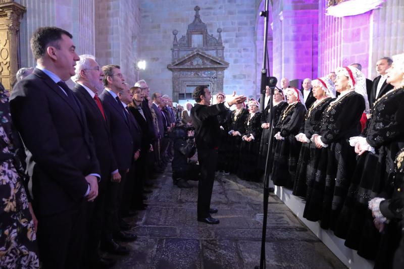 El titular de la Xunta presidió este mediodía en el monasterio de Montederramo el acto de entrega de estos galardones.