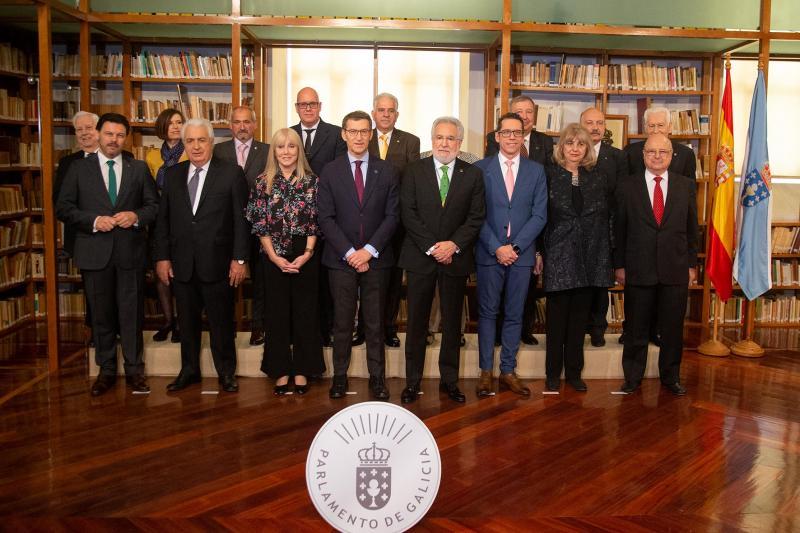O titular da Xunta participou no acto de imposición das Medallas do Parlamento de Galicia 2019