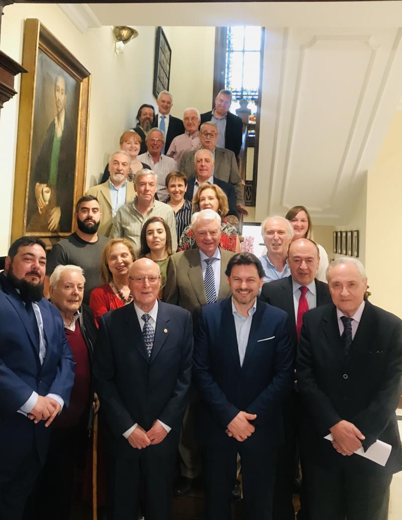 Imaxe da reunión, esta tarde, do secretario xeral da Emigración coas e cos directivos das principais entidades galegas en Madrid