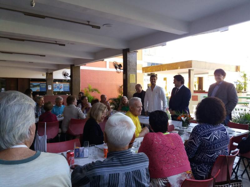 O secretario xeral da Emigración, na sinatura do convenio coa Casa de España en Río de Xaneiro