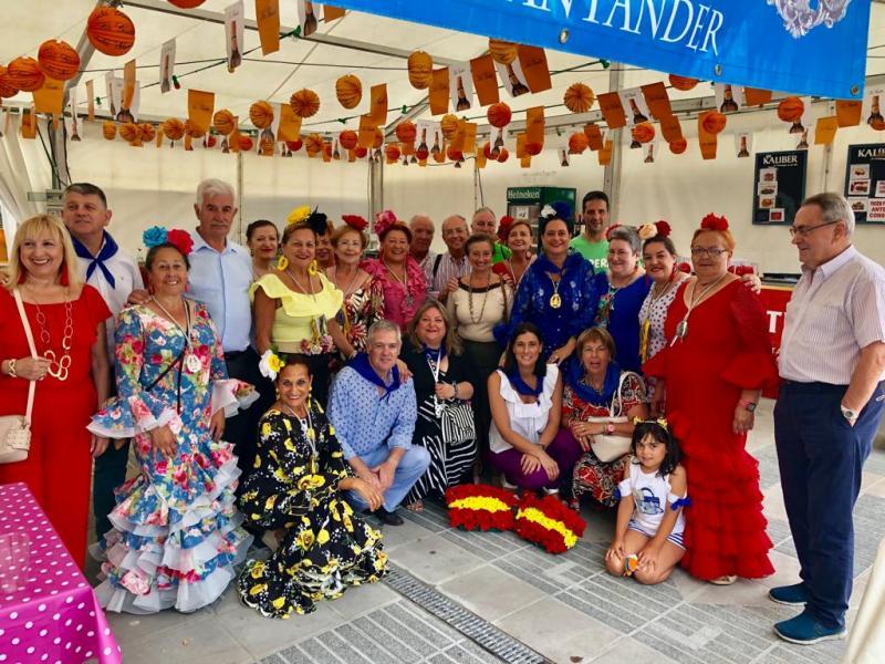 Foto 2: Inauguración da Feria de Gastronomía y Folclore dos Centros Rexionais