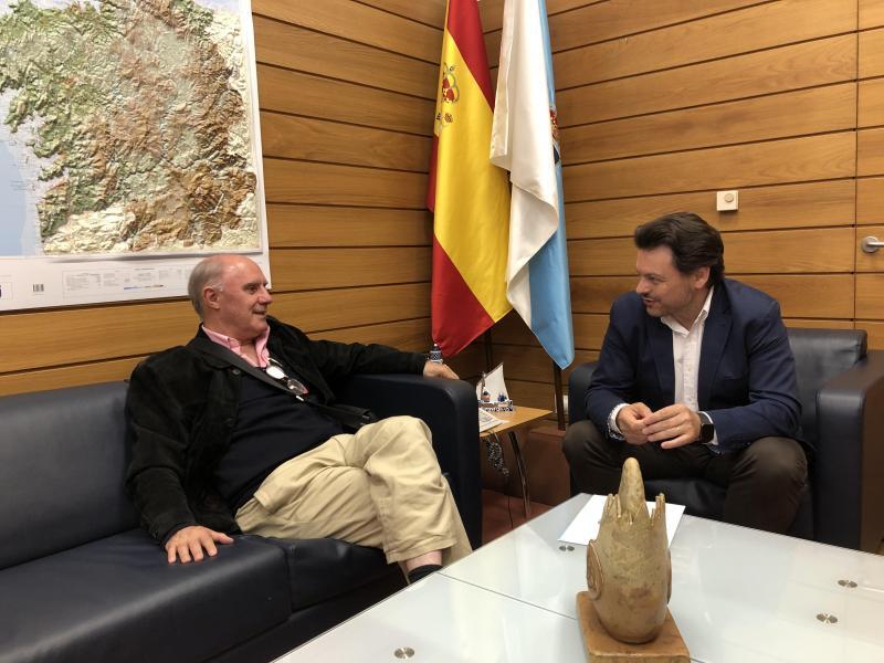 Miranda y Fajín, durante la reunión celebrada en la sed de Emigración en Santiago de Compostela