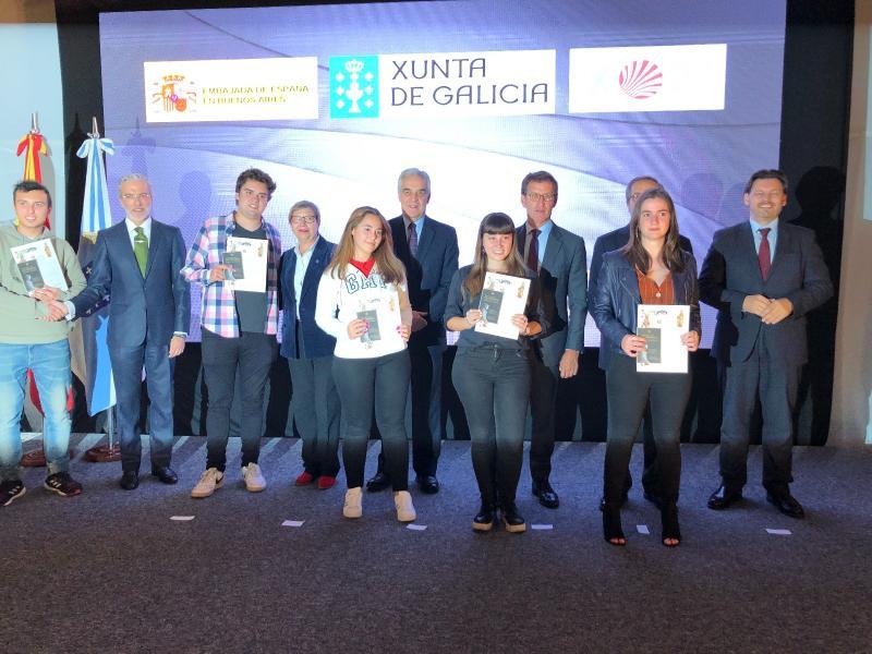 El presidente de la Xunta entregó la Compostela a las y los participantes de la edición de 2019 y conoció las experiencias de los chicos y chicas recorriendo el Camino de Santiago
