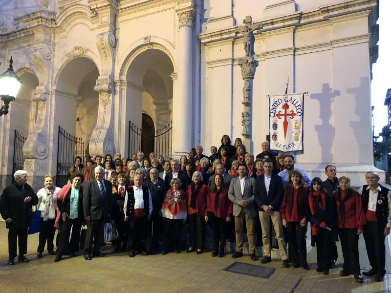 Imaxe do encontro de coros de entidades galegas celebrado na Igrexa de San Ignacio de Loyola da capital arxentina