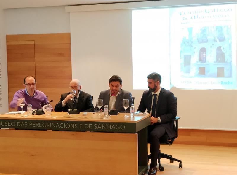 O secretario xeral da Emigración, acompañado do director xeral de Políticas Culturais, Anxo M. Lorenzo, participa na presentación do último libro de Manuel Losa sobre esta entidade