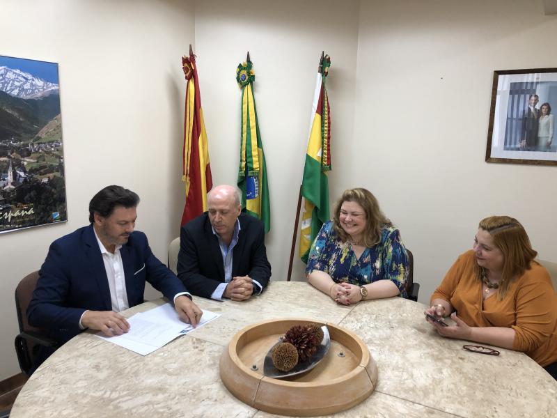 El secretario xeral da Emigración también se reunió con el equipo directivo del Hospital Español de la Sociedade Espanhola de Beneficência