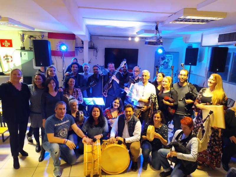 O secretario xeral da Emigración visitou estafin de semana o Club de Galicia de Bonn
