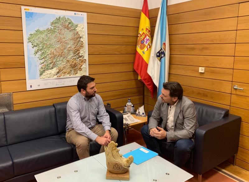 El secretario xeral da Emigración mantiene un encuentro con su homólogo del Lar Gallego de Chile, Ítalo Barassi