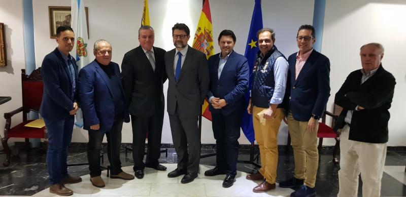 Imagen de la reunión del secretario xeral da Emigración con los responsables de la Federación de Centros Españoles de Venezuela