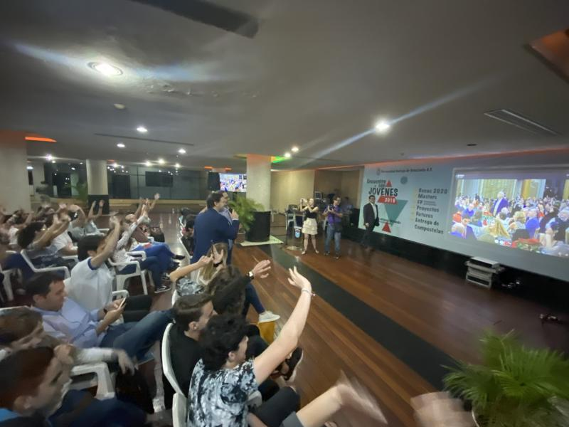 Imaxe da conexión en directo coa cea do Nadal da Federación Venezolana de Galicia en Vigo