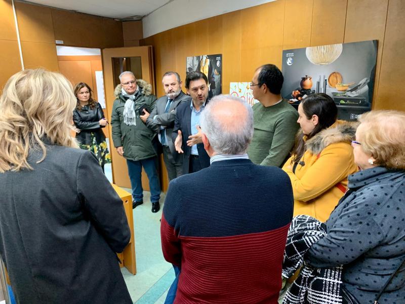 O secretario xeral da Emigración e o delegado territorial José Manuel Balseiro visitan a nova Oficina Integral de Asesoramento e Seguimento ao Retorno