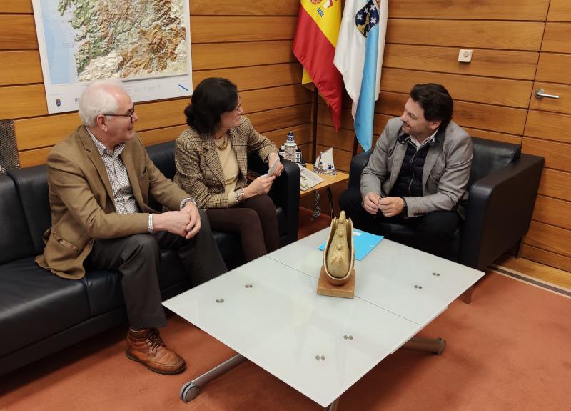 Imaxe do encontro celebrado na sede de Emigración en Santiago de Compostela