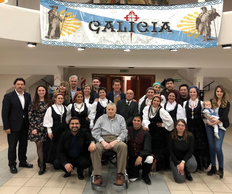 Imagen de archivo de la visita del presidente de la Xunta al Centro Gallego de Comodoro Rivadavia el pasado mes de septiembre