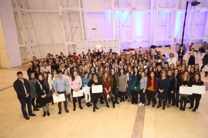 Feijóo destaca a oportunidade das Bolsas Mocidade Exterior para que os mozos da diáspora reforcen o vínculo coa Galicia territorial