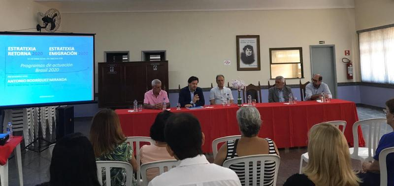 Miranda acerca las líneas y programas de actuación de la Estratexia Retorna 2020 a los gallegos de las principales ciudades de Brasil