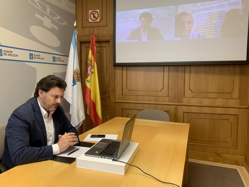 El secretario xeral da Emigración, esta mañana en la videoconferencia con Fevega
