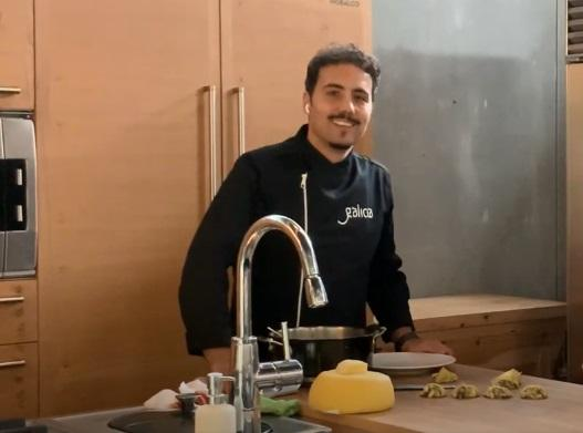 O chef galego André Arzúa será o encargado de achegar aos galegos e galegas de todo o mundo pratos e receitas elaboradas desde Galicia