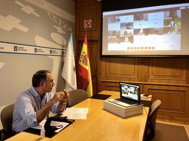 Imaxe da xornada de hoxe, dirixida aos bolseiros e bolseiras que van cursar un máster na Universidade de Vigo