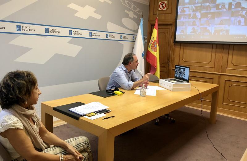 Imaxe da xornada cos bolseiros e bolseiras BEME da Universidade de Santigo de Compostela
