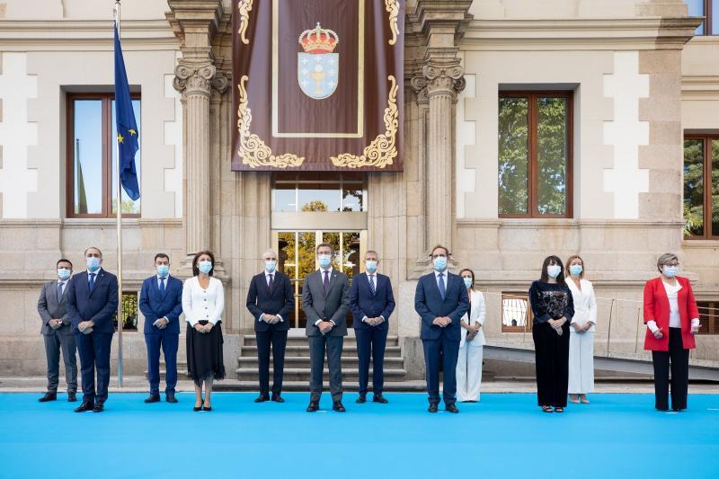 El titular de la Xunta presidió esta mañana el acto de toma de posesión de los conselleiros y conselleiras del Gobierno gallego