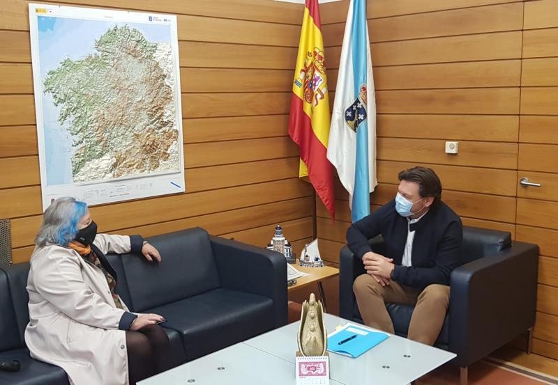 Miranda e López, durante a reunión na sede de Emigración en Santiago de Compostela