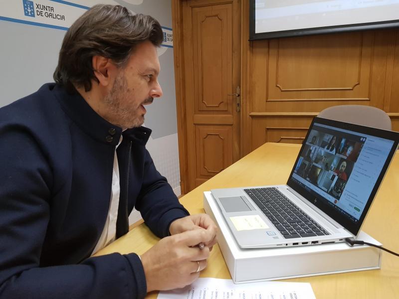O secretario xeral da Emigración, durante a videoconferencia coas e cos representantes dos centros galegos en Suíza