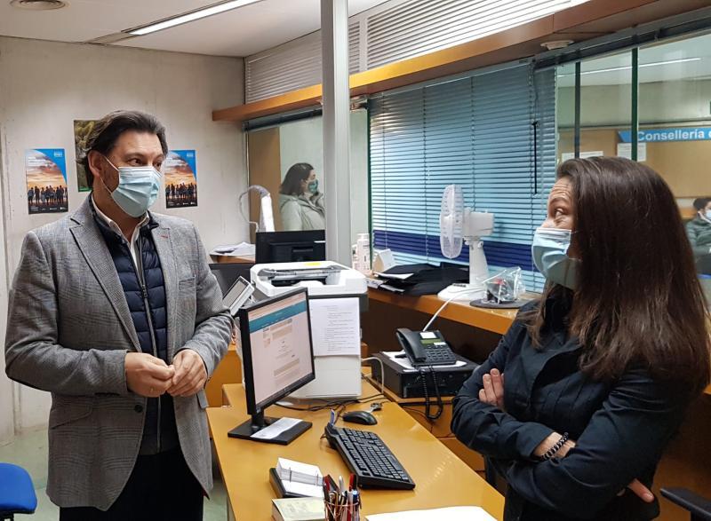 Imaxe da visita do secretario xeral da Emigración á Oficina Integral de Asesoramento e Seguimento ao Retorno en Lugo