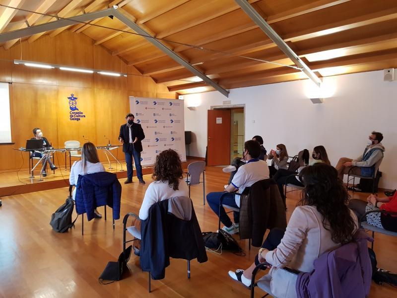Imaxe do encontro desta mañá, que tivo lugar na sede do Consello da Cultura Galega