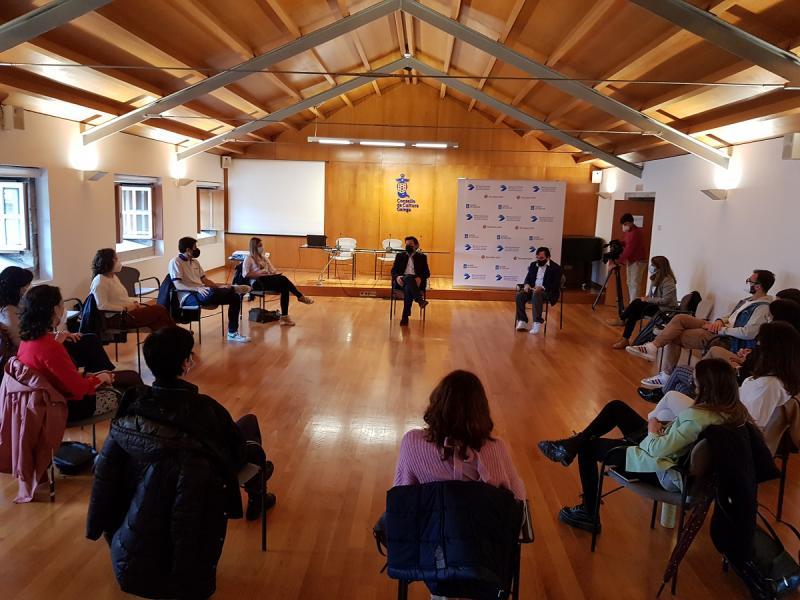 Imagen del encuentro de esta mañana, que tuvo lugar en la sede del Consello da Cultura Galega