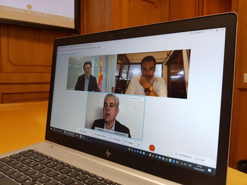 Miranda, López Dobarro e García Martínez, durante a videoconferencia celebrada no mediodía de hoxe