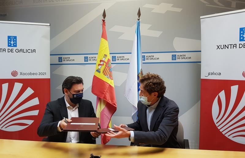 Antonio Rodríguez Miranda e Luis García Deber, durante a sinatura do convenio