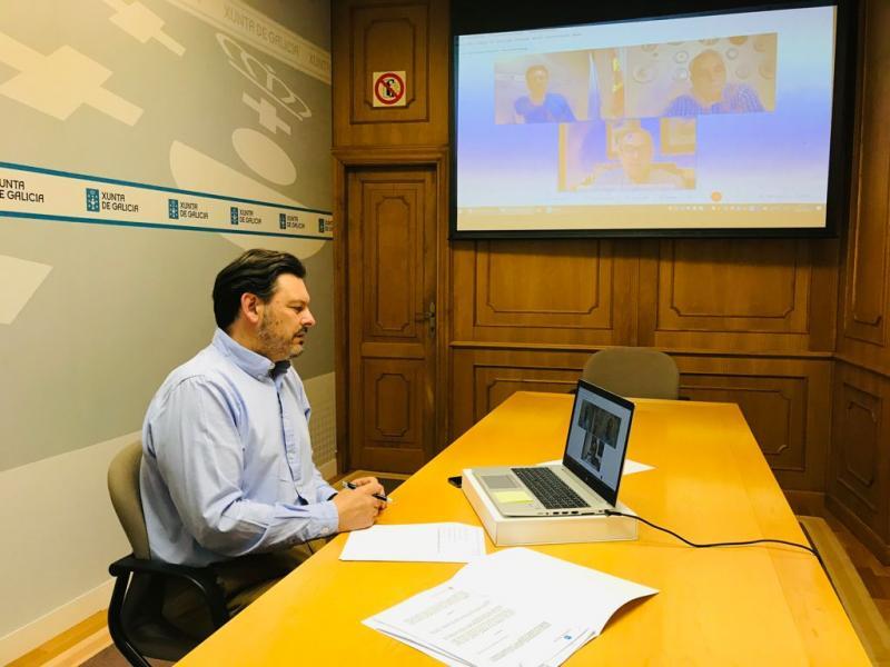 El secretario xeral da Emigración, en la videoconferencia con FEVEGA y la Hermandad Gallega de Venezuela en Caracas