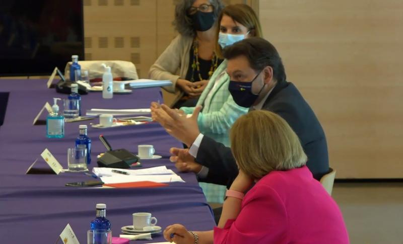 O secretario xeral da Emigración, durante a súa intervención na reunión celebrada na capital de España