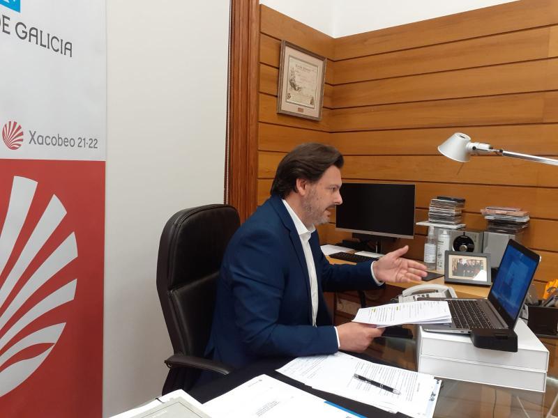 """Emigración informa ás Entidades Galegas de Europa sobre o Programa """"Conecta co Xacobeo"""" que facilitará a galegos do exterior realizar o Camiño de Santiago"""