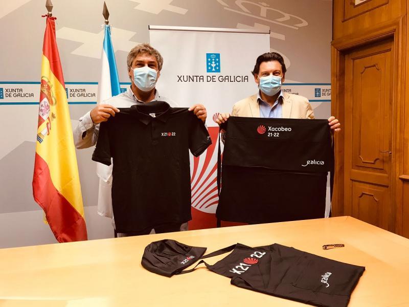 Miranda y Aguado, en la sede de la Secretaría Xeral da Emigración en la capital de Galicia