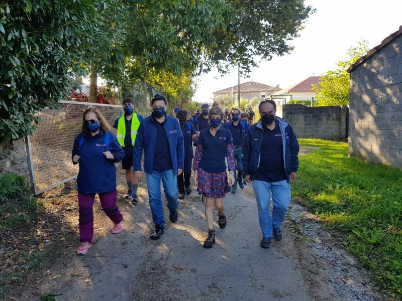 Imaxe desta mañá co grupo do Conecta co Xacobeo que está a percorrer a Vía da Prata
