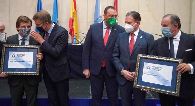 El presidente de la Xunta participó esta tarde en Oviedo en el acto organizado por esta asociación